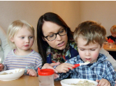Kindgerechtes Essen mit Pari proJob GmbH